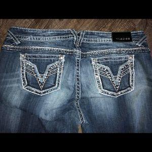 22x33 Vigoss Chelsea Boot Jeans